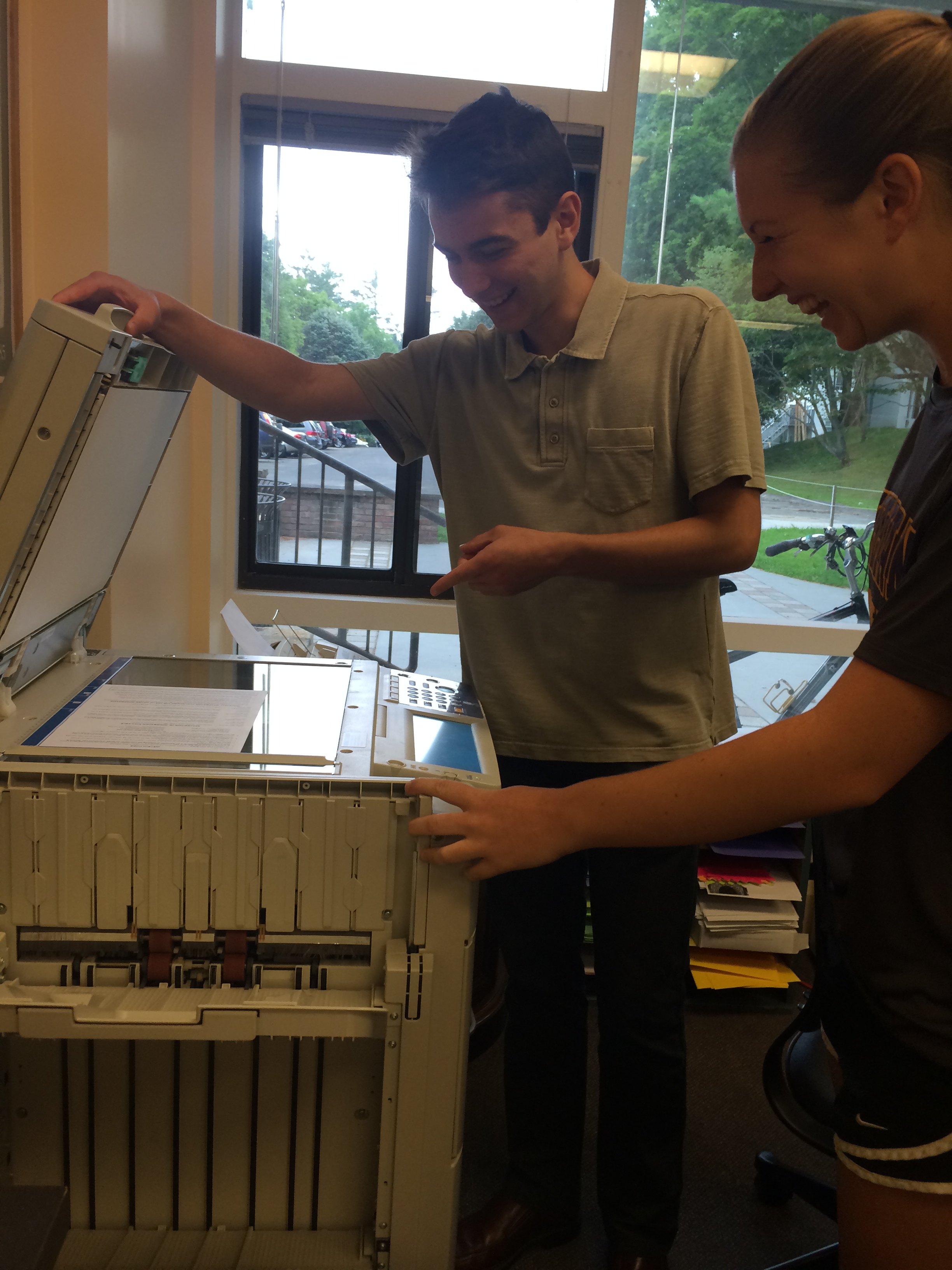Katie and Gideon try to figure out copy machine